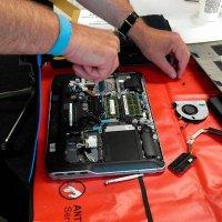 naprawianie laptopa